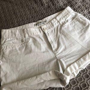 Tommy Hilfiger Vintage High Rise White Shorts Sz 6